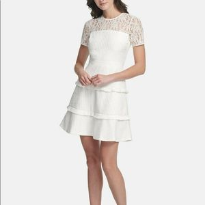 KENSIE White Tiered Fit & Flare Dress Size 8